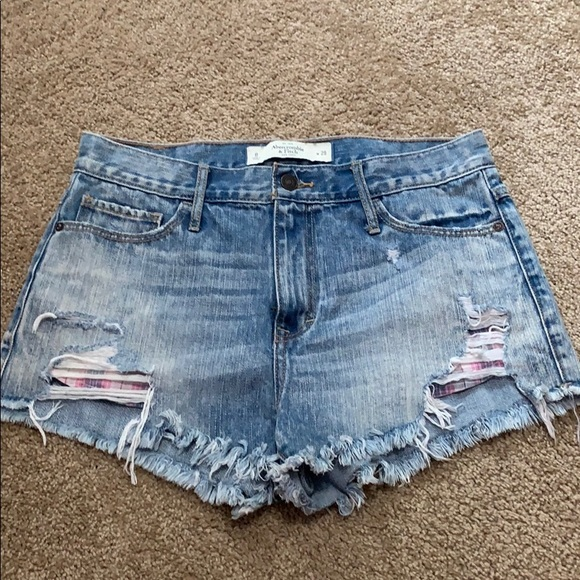 Abercrombie & Fitch Pants - Abercrombie and Fitch Festival Shorts